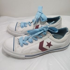 All Star converse athletic shoes. ➗